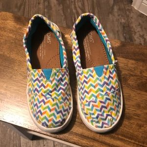 Toms multi color girls slip on shoes 1.5